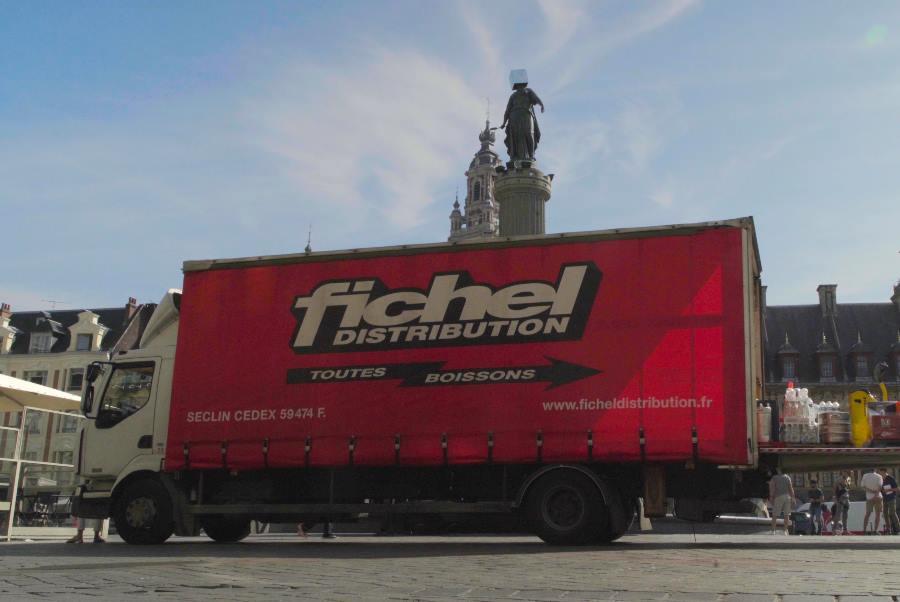 Camion Fichel Distribution - Grossiste indépendant de boissons Lille